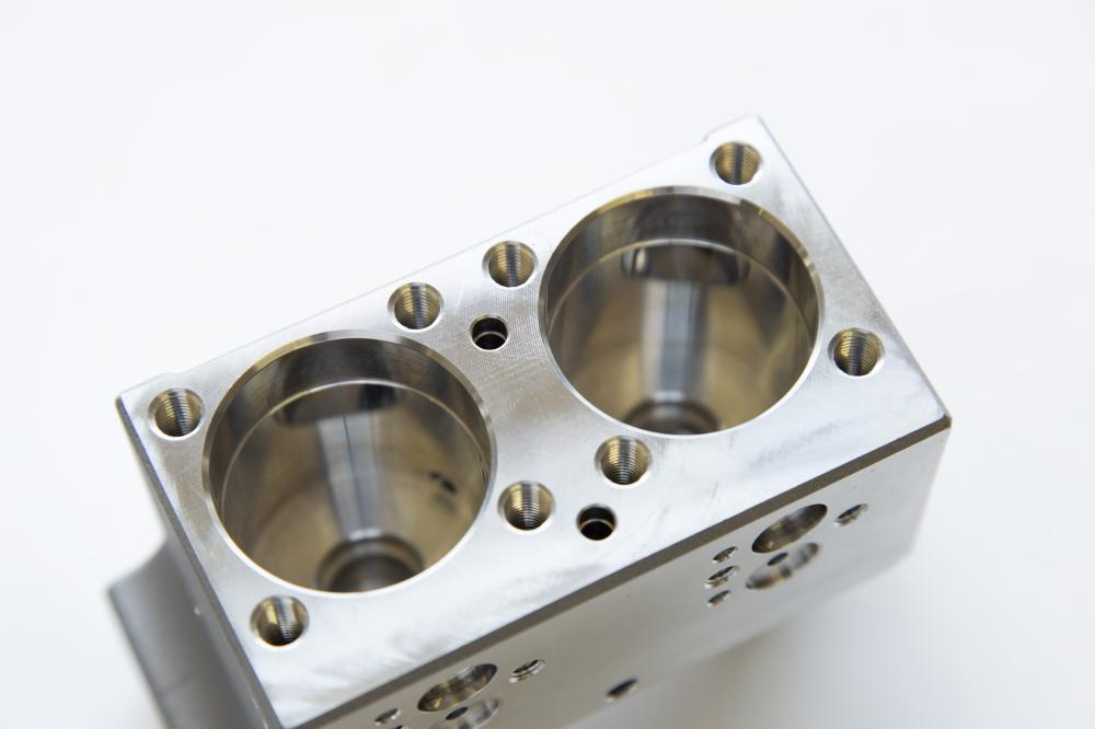 PVC制御弁 本体